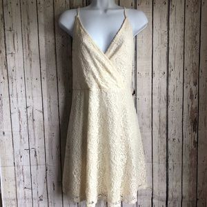 Mossimo cream lace dress size large